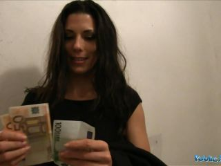 Alexa Quick Cash For Spanish Babe