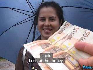 Cassie Fire Wet Russian Speads Legs For Cash
