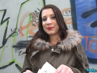 Therese Bizarre Cutie Fucked in Abandoned Subway